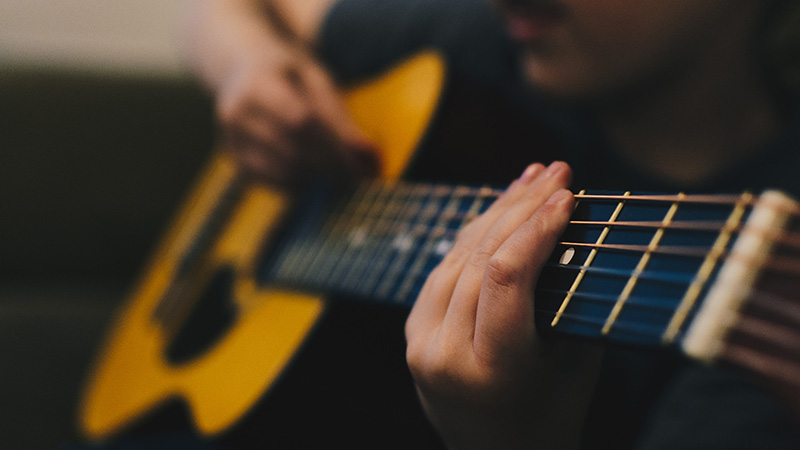 Improve Your Acoustic Guitar Playing As A Worship Leader